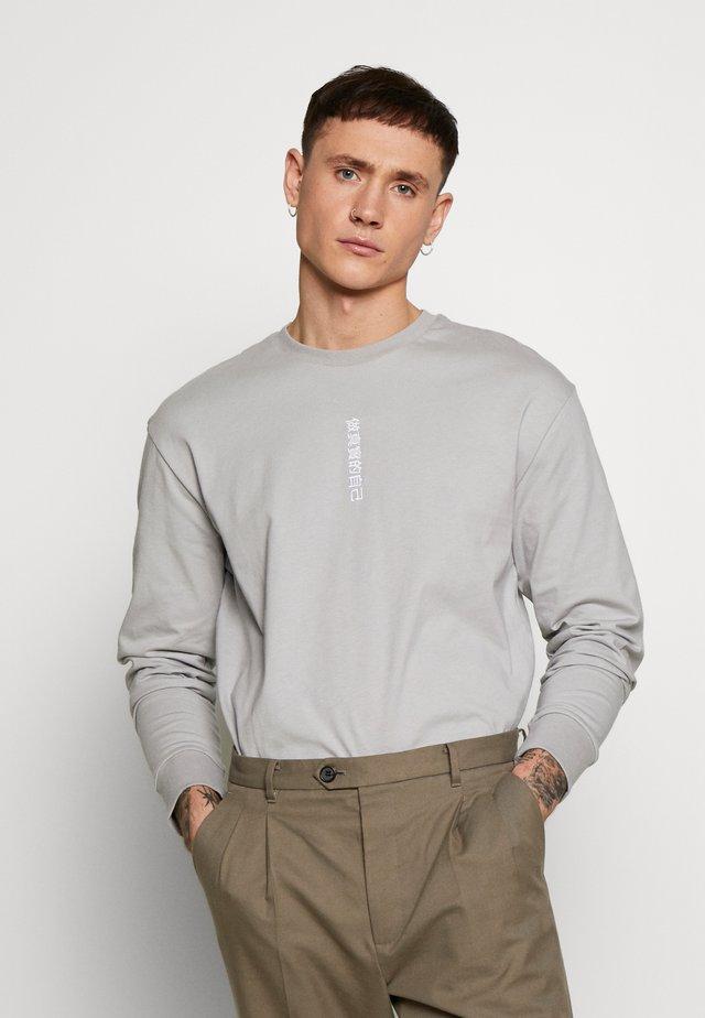 SYMBOL PRINT TEE - Long sleeved top - grey