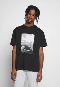 Topman - MONO TEE - T-shirt med print - black - 0