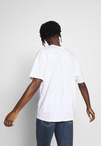 Topman - SKETCH TEE - T-shirt imprimé - white - 2