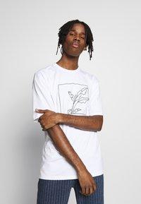 Topman - SKETCH TEE - T-shirt imprimé - white - 0