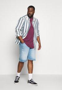 Topman - SCOTTY  3 PACK - Jednoduché triko - white/dark blue/burgundy - 0