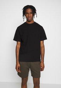 Topman - STRUCTURED TEE - T-shirt basic - black - 0