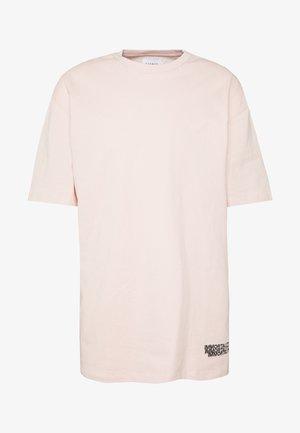 ROSE IMMORTALITY TEE - T-shirt z nadrukiem - lila