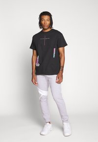 Topman - EVERYTHING TEE - T-shirt med print - black - 1
