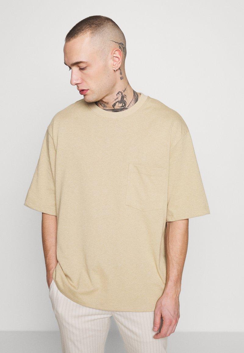 Topman - BOXY DESERT TEE - Basic T-shirt - stone
