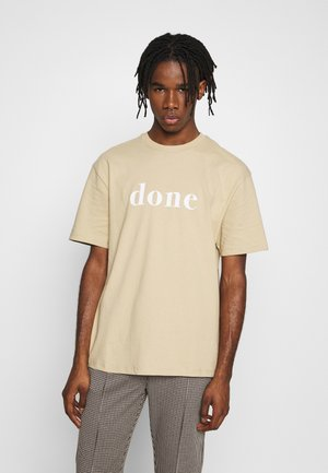 UNISEX DESERT DONESLOGAN TEE - Print T-shirt - stone