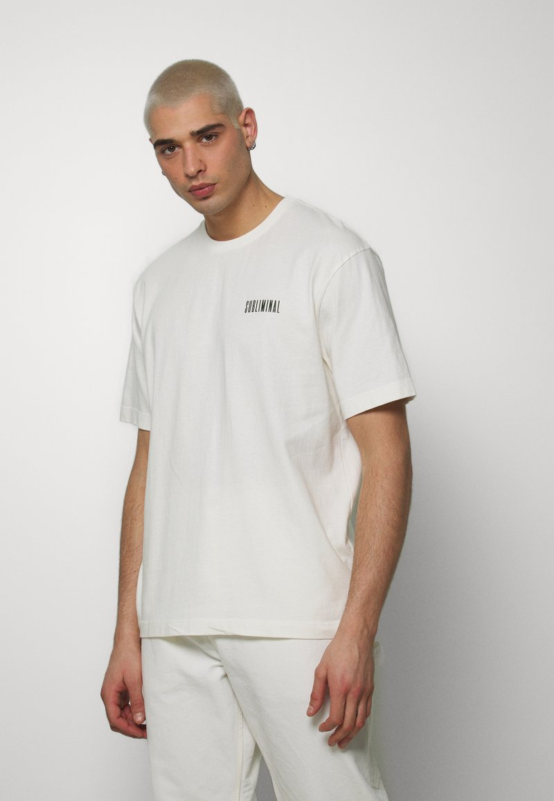 Topman - UNISEX WASHED TEE - T-shirt con stampa - off white