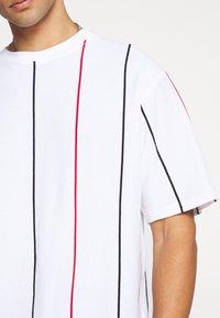 Topman - BOXY  - T-shirt con stampa - multicolor - 5