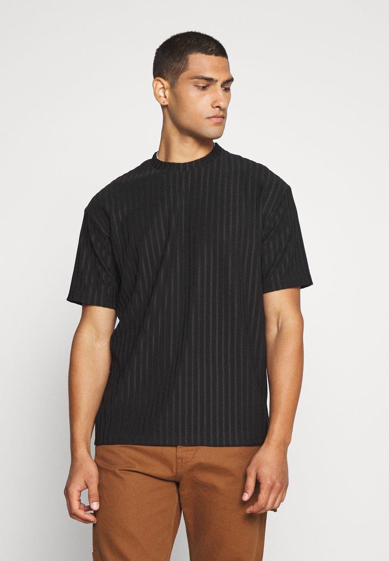 Topman - SHINY - T-shirt con stampa - black