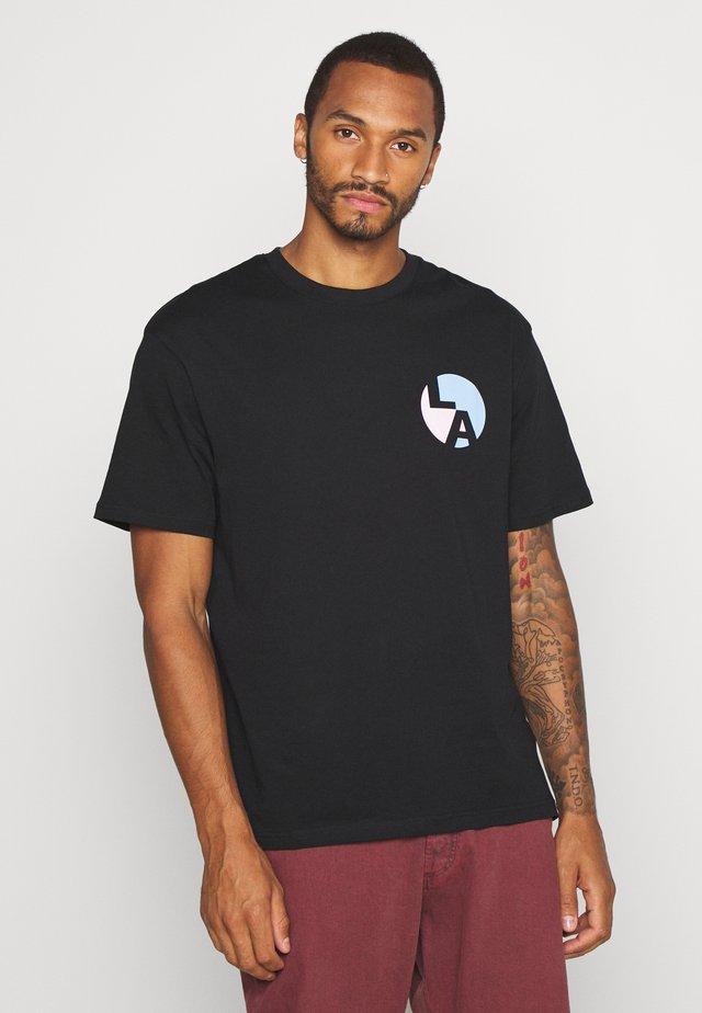 LA CIRCLE TEE - T-shirt con stampa - black