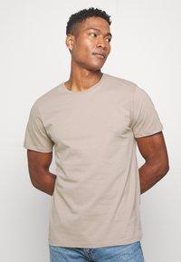 Topman - 5 Pack - T-shirt basic - multi - 4