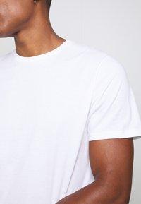 Topman - 5 Pack - T-shirt basic - multi - 8