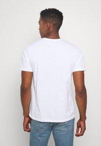 Topman - 5 Pack - T-shirt basic - multi - 2