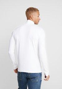 Topman - ROLL NECK - T-shirt à manches longues - white - 2