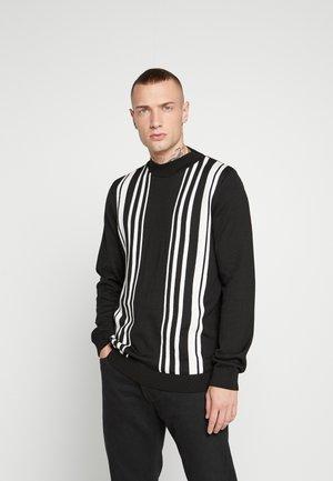 PLACEMENT STRIPE TURTLE - Stickad tröja - black
