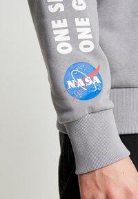 Topman - NASA LOGO - Sweater - grey - 6
