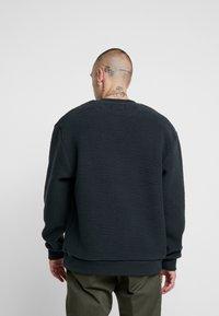 Topman - CHARCOAL BORG CREW - Fleece trui - grey - 2