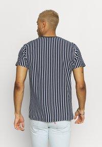 Topman - HARRY STRIPE - T-shirt con stampa - navy - 2
