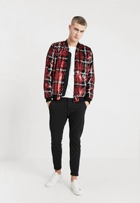 Topman - CHECK SEQUIN - Bomber Jacket - red - 1