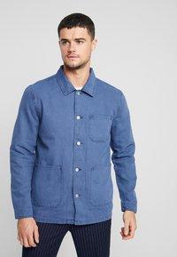 Topman - CHORE - Lehká bunda - blue - 0