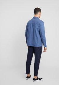 Topman - CHORE - Lehká bunda - blue - 2