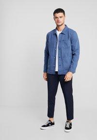 Topman - CHORE - Lehká bunda - blue - 1