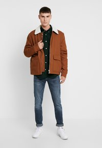 Topman - MICHIGAN COLLAR - Lehká bunda - brown - 1