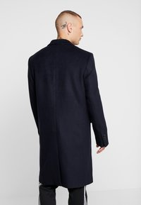 Topman - BERRY FRASER DOUBLE BREASTED - Cappotto classico - navy - 2