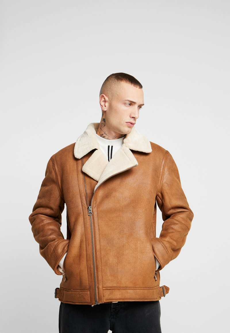 Topman - MALMO BIKER - Giacca in similpelle - brown