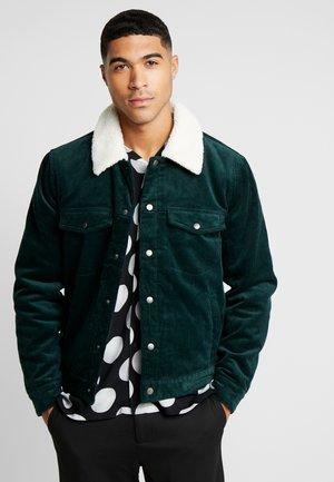 TRUCKER - Light jacket - green
