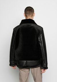 Topman - Giacca in similpelle - black - 2