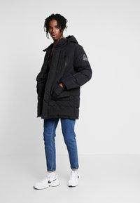 Topman - LONGLINE PUFFER - Winter coat - black - 1