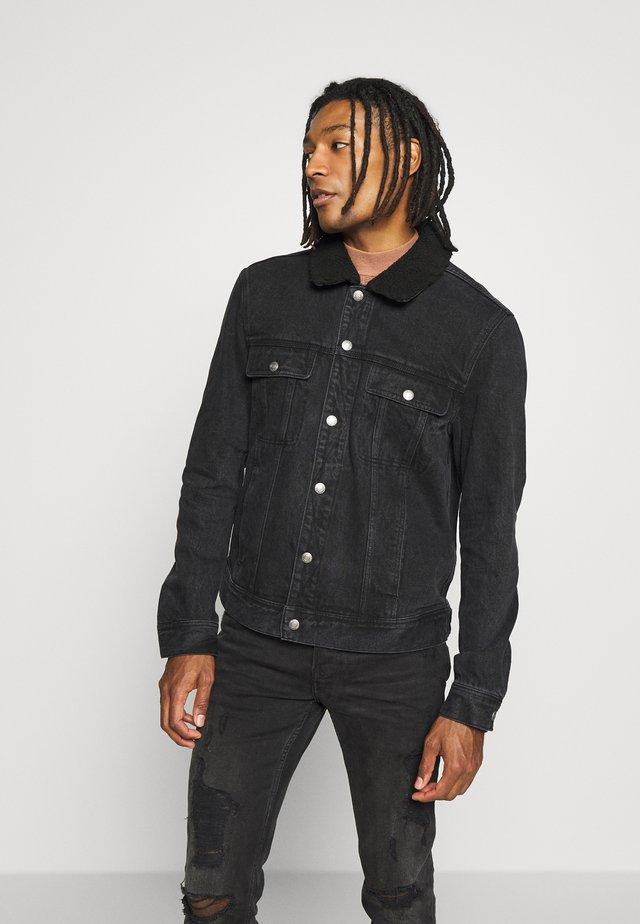 POPPER TRUCKER - Giacca di jeans - black