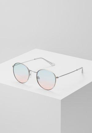 SILVER METAL ROUNDS W PINK BLU GRAD LENS - Sonnenbrille - silver