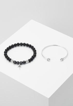 CROSS AND SKULL BRACELET SET - Náramek - silver-coloured/black