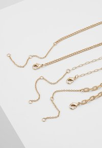 Topman - CHERUB CROSS AND CHUNKY CHAIN NECKLACE - Náhrdelník - gold-coloured - 2