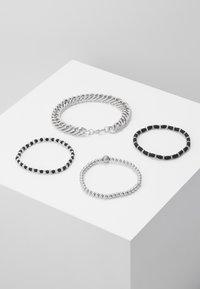 Topman - CHUNKY LAYERED WRISTWEAR - Armband - silver-coloured - 2