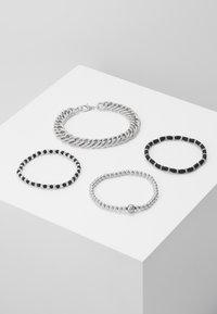 Topman - CHUNKY LAYERED WRISTWEAR - Armband - silver-coloured - 0