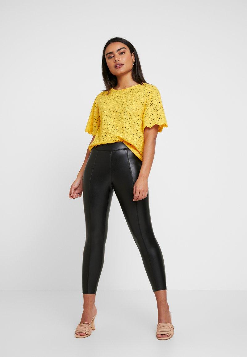 Topshop Petite - PIPER SKINNY - Leggings - Trousers - black