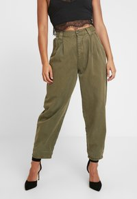 Topshop Petite - CAITLIN UPDATE - Kalhoty - khaki - 0