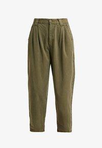 Topshop Petite - CAITLIN UPDATE - Kalhoty - khaki - 5