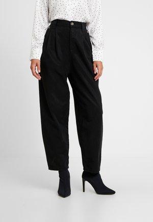 CAITLIN UPDATE - Pantalon classique - black