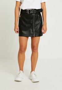 Topshop Petite - HARDWEAR DETAIL - A-snit nederdel/ A-formede nederdele - black - 0