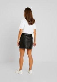Topshop Petite - HARDWEAR DETAIL - A-snit nederdel/ A-formede nederdele - black - 2