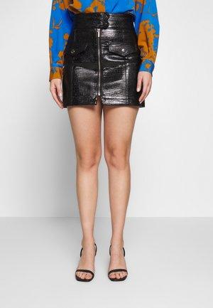 CROC ZIP THRU  - Mini skirt - black