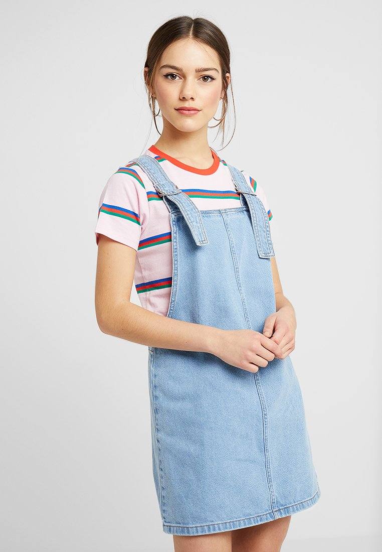 Topshop Petite - RING PINI - Denimové šaty - blue denim