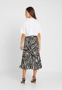 Topshop Petite - WASHED CROP TEE 3 PACK - T-shirt imprimé - white/black/pink - 2
