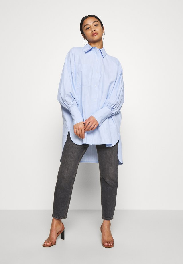 STRIPE OVERSIZED POPLIN - Button-down blouse - blue
