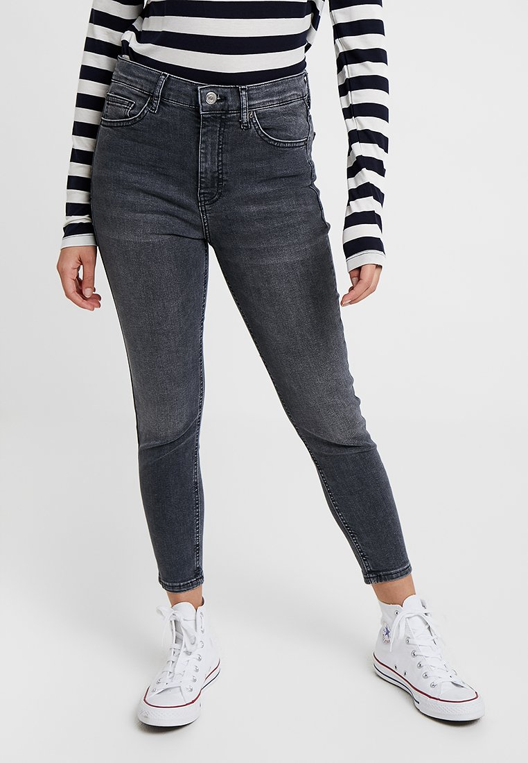 Topshop Petite - NEW WASH JAMIE - Jeans Skinny Fit - black denim