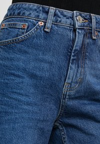 Topshop Petite - Straight leg jeans - blue denim - 3